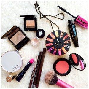 Today's makeup #laneige #iope #burberrybeauty #missha #lorealparis #hera #bobbibrown #etudehouse #benefit #realtechnique #shiseido #motd #makeup #makeupmess #makeupmania #makeuptoday #makeupaddict #makeupjunkie #clozetteid #clozettedaily #flatlaymakeup #femaledaily #fdbeauty