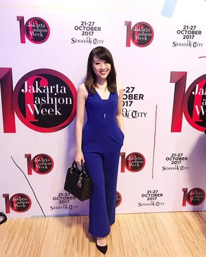 Jakarta Fashion Week 2018 #ootd #ootdindo #ootdbkk #fashionstyle #fashion #fashionblog #fashionblogger #lookbook #lookbookindonesia #look #styleoftheday #lookoftheday #pictureoftheday #potd #lovebonito #LBootd #lovebonitoid #SayaLB #clozetteid #jfw2018 #JFW10yrs #jakartafashionweek #blue #jakarta
