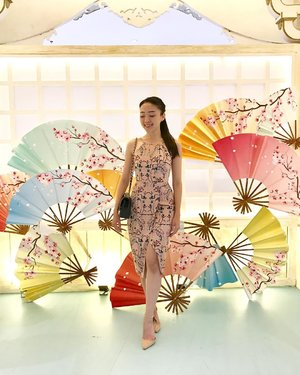 Finally, i have a picture of me that : 1. Not wearing any sports outfit, 2. In heels 3. Wearing a dress again... yeay 🌸🌸 4. Holding a fan instead :) #ootd #outfitoftheday #ootdindo #ootdasean #sakura #japan #sakurafan #lookbook #lookbookindonesia #lookbooklookbook #lookbookmelove #styles #styleoftheday #style #fashion #fashionstyle #dressy #pinkdress #sayaLB #LBootd #iwearlovebonito #igers #clozetteambassador #clozetteid