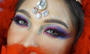 Festive eyes 🎉 . I used @juviasplace Maquerade Palette. Loving how pigmented and vibrant the colors are 😍 . Softlens: @eyelovin Veronica Grey . . . . #makeup #festival #festive #carnival #Carnivalmakeup #carnaval #wakeupandmakeup  #makeupforbarbies @makeupforbarbies #beautyblogger #beautybloggerindonesia #dressyourface #hudabeauty #undiscovered_muas #bloggerceria @bloggerceriaid #bloggermafia #clozetteid #fdbeauty #beauty #indobeautysquad @indobeautysquad #beautybloggerindonesia @tampilcantik #tampilcantik #beautyjunkie @beautyblogger.tangerang #BeautyBloggerTangerang #makeupgeek #beautychannelid #beautiesquad @beautiesquad