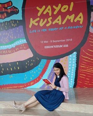 Throwback Saturday! . Buat kalian yang belum sempat mampir ke @museummacan dan melihat pameran karya #YayoiKusama, baca blog saya aja di bit.ly/KusamaXMACAN atau klik link yang ada di bio ☺ .. ... #ClozetteID #KusamaxMACAN #KusamaJakarta #throwback #museummacan #ShamelessSelfie #selfie #wheninJakarta #visitJakarta #visitIndonesia
