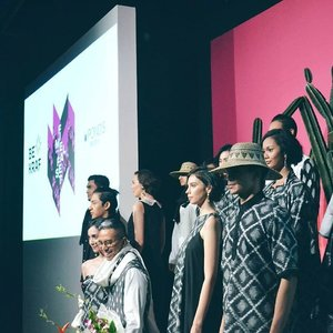 It was a great show. Fragmen Pra Purnama 2016 IKAT Indonesia. Thankyou for having me @fimeladotcom @ikat_id  Cant wait to write on my blog soooonnnn💕  #IKATFragmen16 #FimelaFest2016 #IKATxFimela #FestivalFashionKainIndonesia #fashionshow #clozetteid #fashionbloggers #Indonesia