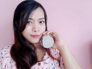 Natural makeup with @sanaturelofficial by @shandyaulia Loose Powder in Camel ❤️❤️ #ClozetteID #fotd #beauty #sanaturelbyshandyaulia #sanaturel #beautyblogger #bblogger #selfie #selca #coordinate #asian #love #makeup