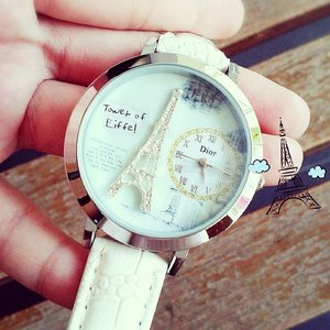 Calling all eiffel tower lovers ♥  Paris watch is now in new color! Limited edition  Sms / whatsapp 081286212177  #pariswatch #eiffeltower #eiffel #eiffelwatch #limevintageme #clozettedaily #clozetteid #lookbookindonesia #photooftheday #watch #olshopindo #onlineshop