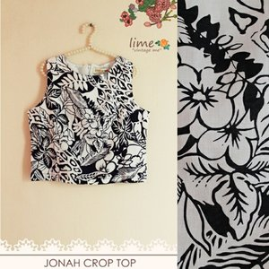 Introducing our newest model!  Yay Crop top ♥  Jonah crop top Length 45cm, bust 90cm Zipper at back Comfort wear  Www.limevintageme.com Sms / wa 081286212177  #vintagetop #crop #croptop #vintageclothing #blouse #localbrand #limevintageme #yellowdress #indielabel #clothing #clozetteid #clothingline #potd #photooftheday #olshopindo #onlineshop #trustedseller #jakarta #blackandwhite