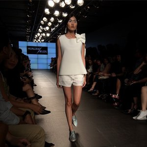 Gorgeous one from SS collection of @hunting_fields at @plaza_indonesia fashion week.. #latepost #clozette #clozetteid #huntingfields #white #plazaindonesia #jakartaevent #fashionrunway #springsummercollection