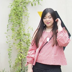 Smile! Weekend is here!  #girl #asian #ootdid #ootdindo #ootdindonesia  #clozetteid #sbybeautyblogger #beautynesiamember #bloggerceria #blogger #bblogger #beautyblogger #influencer #influencersurabaya #surabaya  #beautyinfluencer #personalstyle #fashionblogger #personalstyleblogger #notasize0 #comfortableinmyownskin #effyourbeautystandards #celebrateyourself  #bloggerperempuan #girl #asian  #indonesianblogger #indonesianbeautyblogger #SurabayaBeautyBlogger #fashion