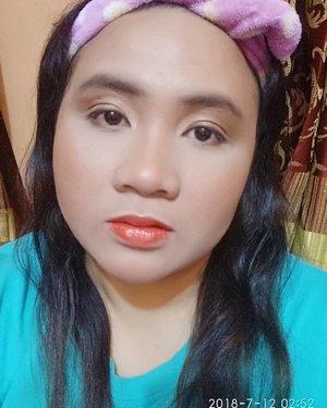 #boldmakeup sebenarnya bukan aku banget karena aku jarang sekali pakai Lipstick dengan warna segonjreng ini. Make-up Look seperti ini cocok diaplikasikan saat acara kondangan, party, atau event-event resmi/formal. Yang pasti supaya seimbang, jika #eyemakeup kamu soft atau natural, kamu cocok mengaplikasikan #lipmakeup yg bold/terang/gonjreng seperi look ini My #lipmakeup using @pixycosmetics Lip Cream CLASSIC RED 03 + @maybelline Baby Lips Pink Lolita to make it glossier. 👄#redlips #classicredlip #drugstoremakeup #makeupboyolali #lavinamakeup #indobeautygram #indonesiabeautyblogger #indonesiabeautybloggers #sociollabloggernetwork #sociollablogger #socoid #lavinabeautyblog #beautynesiablogger  #clozetteid #sociollabloggercommunity #bloggersolo #bloggerboyolali #bloggerperempuan #bloggerindonesia