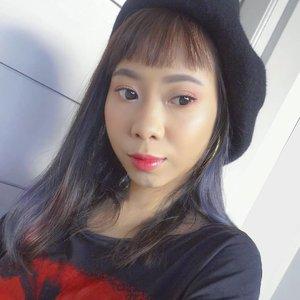 #noticemesenpai makeup 😉 gak perlu banyak warna eyeshadow cukup pake Softlens @x2softlens Seduction 💃yg nyaman dan bikin mata berbinar 💖..#x2seduction #radenayublog #valentinesmakeup  #ragamkecantikan #inspirasicantikmu #tampilcantik #clozetteid