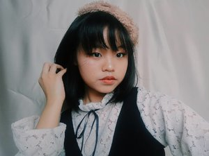 Dolled to Victorian doll.  #clozetteid #clozette #makeuptutorial #makeupartist #makeupparty #makeupkorea #kawaiigirl #victorianstyle #beauty #beautybloggers #surabayainfluencer #cute #beautyvloggerindonesia #beautytime