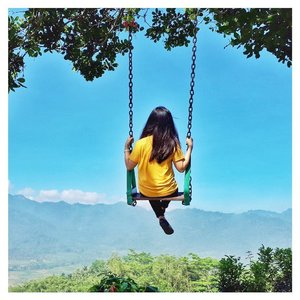 ~ Happiness is enjoying the little things in life 😊😊 . . . . . . . . . #swing #enjoylife #happiness #life #qotd #quotes #swag #quoteoftheday #grateful #love #mood #likes #instagood #instapic #holidaymood #holiday #jogjatrip #explorejogja #funday #clozetteid #vsco #likeforfollow #follow #pesonaindonesia #travelling #travelgram #instatravel #bluesky #godcreation