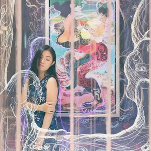 . I Lose myself in a daydream 🦄🌈 . 📸 @roosvansiaaa #daydreaming #happyweekend #friyay #tgif #anitamayaadotcom #bloggerslife #beautyblogger #lifestyleblogger #potd #clozetteid