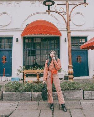 Happy CNY 🏮🎊 . . . . 📷 @williamiskandar . . . . #clozette #clozetteid #ootd #outfitoftheday #look #style #fashion #lifestyle #kotatua #kotatuajakarta #travel #cidstreetstyle