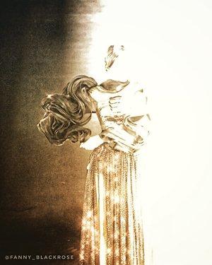 ♥️Truth never damage a cause that is just ♥️ • • • Model @bellasandraaaa @bellasanshine #puterijatim2019  Wardrobe avant- grade collection from @elizabethnjomayfen • • •  #honest #sincere #love #compassion #mother #motherlove #woman #empoweringwoman #justice #secrecy #commitment #truth #mahatmagandhi #fashion #lover #believer #dreamer #beauty #beautygram #honesty #shine #spark #clozette #clozetteid