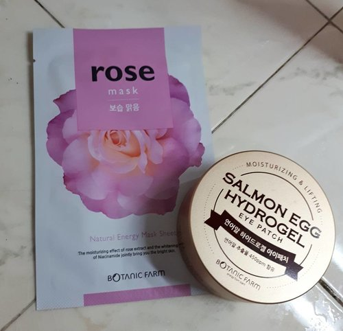 """<div class=""""photoCaption"""">Lazy sunday pamper time!<br /> ▪Rose Sheet Mask from @botanic_farm<br /> ▪Salmon Egg Hydrogel Eye Patch from @botanic_farm <br />  <a class=""""pink-url"""" target=""""_blank"""" href=""""http://m.clozette.co.id/search/query?term=kbeauty&siteseach=Submit"""">#kbeauty</a>  <a class=""""pink-url"""" target=""""_blank"""" href=""""http://m.clozette.co.id/search/query?term=koreanskincare&siteseach=Submit"""">#koreanskincare</a>  <a class=""""pink-url"""" target=""""_blank"""" href=""""http://m.clozette.co.id/search/query?term=koreanbeauty&siteseach=Submit"""">#koreanbeauty</a>  <a class=""""pink-url"""" target=""""_blank"""" href=""""http://m.clozette.co.id/search/query?term=asianbeauty&siteseach=Submit"""">#asianbeauty</a>  <a class=""""pink-url"""" target=""""_blank"""" href=""""http://m.clozette.co.id/search/query?term=abbeauty&siteseach=Submit"""">#abbeauty</a>  <a class=""""pink-url"""" target=""""_blank"""" href=""""http://m.clozette.co.id/search/query?term=abcommunity&siteseach=Submit"""">#abcommunity</a>  <a class=""""pink-url"""" target=""""_blank"""" href=""""http://m.clozette.co.id/search/query?term=sheetmask&siteseach=Submit"""">#sheetmask</a>  <a class=""""pink-url"""" target=""""_blank"""" href=""""http://m.clozette.co.id/search/query?term=onlygoodskindayahead&siteseach=Submit"""">#onlygoodskindayahead</a>  <a class=""""pink-url"""" target=""""_blank"""" href=""""http://m.clozette.co.id/search/query?term=skincare365&siteseach=Submit"""">#skincare365</a>  <a class=""""pink-url"""" target=""""_blank"""" href=""""http://m.clozette.co.id/search/query?term=skincare&siteseach=Submit"""">#skincare</a>  <a class=""""pink-url"""" target=""""_blank"""" href=""""http://m.clozette.co.id/search/query?term=10stepkoreanskincare&siteseach=Submit"""">#10stepkoreanskincare</a>  <a class=""""pink-url"""" target=""""_blank"""" href=""""http://m.clozette.co.id/search/query?term=cosmetics&siteseach=Submit"""">#cosmetics</a>  <a class=""""pink-url"""" target=""""_blank"""" href=""""http://m.clozette.co.id/search/query?term=eyepatch&siteseach=Submit"""">#eyepatch</a>  <a class=""""pink-url"""" target=""""_blank"""" href=""""http://m.clozette.co.id/search/query?term=skincareblog&siteseach=Submit"""">#s"""