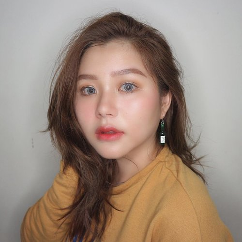 """<div class=""""photoCaption"""">Am I look korean enough?😂Really obsessed with my eyes. This super comfort&affordable softlens from @milis.softlens !!! .... <a class=""""pink-url"""" target=""""_blank"""" href=""""http://m.clozette.co.id/search/query?term=korean&siteseach=Submit"""">#korean</a>  <a class=""""pink-url"""" target=""""_blank"""" href=""""http://m.clozette.co.id/search/query?term=koreanmakeup&siteseach=Submit"""">#koreanmakeup</a>  <a class=""""pink-url"""" target=""""_blank"""" href=""""http://m.clozette.co.id/search/query?term=liptint&siteseach=Submit"""">#liptint</a>  <a class=""""pink-url"""" target=""""_blank"""" href=""""http://m.clozette.co.id/search/query?term=softlens&siteseach=Submit"""">#softlens</a>  <a class=""""pink-url"""" target=""""_blank"""" href=""""http://m.clozette.co.id/search/query?term=clozetteid&siteseach=Submit"""">#clozetteid</a>  <a class=""""pink-url"""" target=""""_blank"""" href=""""http://m.clozette.co.id/search/query?term=endorsement&siteseach=Submit"""">#endorsement</a></div>"""
