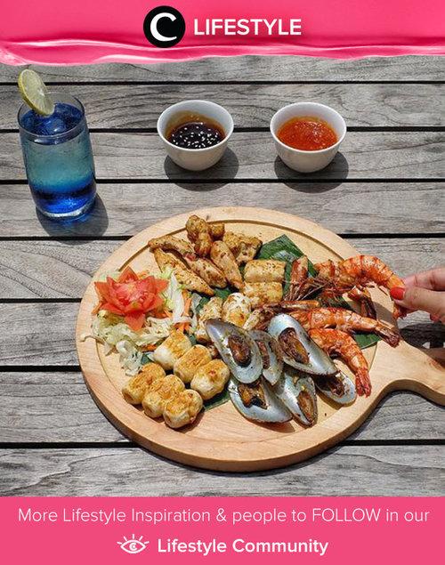 "<div class=""photoCaption"">Yumm, seafood yang jadi signature food-nya Ibis Styles ini menggoda banget ya, Clozetters. Porsinya juga jumbo dan isinya sangat beragam. Simak Lifestyle Updates ala clozetters lainnya hari ini di Lifestyle Community. Image shared by Clozetter @ceritaeka. Yuk, share juga momen favoritmu.</div>"
