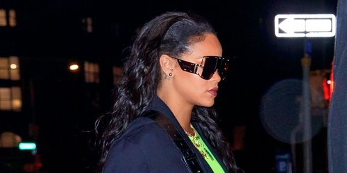 """<div class=""""photoCaption"""">[UPDATED] NOT A DRILL: Rihanna Is Reportedly Launching Her Own Luxury Fashion House</div>"""