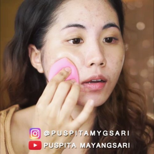 """<div class=""""photoCaption"""">SUPER PROMO ONLY FOR 1 WEEK! CLICK THE LINK ON MY BIO. <br /> You can buy this yellow undertone cushion for only $30 + 1/2 shipping cost at my @charis_official shop!<br /> <a href=""""https://hicharis.net/Puspitamygsari/8ar"""" class=""""pink-url""""  target=""""_blank""""  rel=""""nofollow"""" title=""""https://hicharis.net/Puspitamygsari/8ar"""">https://hicharis.net/Puspitamygsari/8ar</a><br /> <br /> @superfacestudio Zoom In Mesh Cushion 02 Natural<br /> <br /> Head over to my youtube chanel for the full review and application!<br /> <br /> @indobeautygram @indovidgram @tampilcantik<br />  <a class=""""pink-url"""" target=""""_blank"""" href=""""http://m.clozette.co.id/search/query?term=ivgbeauty&siteseach=Submit"""">#ivgbeauty</a>  <a class=""""pink-url"""" target=""""_blank"""" href=""""http://m.clozette.co.id/search/query?term=indobeautygram&siteseach=Submit"""">#indobeautygram</a>  <a class=""""pink-url"""" target=""""_blank"""" href=""""http://m.clozette.co.id/search/query?term=tampilcantik&siteseach=Submit"""">#tampilcantik</a>  <a class=""""pink-url"""" target=""""_blank"""" href=""""http://m.clozette.co.id/search/query?term=beautyjunkie&siteseach=Submit"""">#beautyjunkie</a>  <a class=""""pink-url"""" target=""""_blank"""" href=""""http://m.clozette.co.id/search/query?term=beautyjunkies&siteseach=Submit"""">#beautyjunkies</a>  <a class=""""pink-url"""" target=""""_blank"""" href=""""http://m.clozette.co.id/search/query?term=instamakeupartist&siteseach=Submit"""">#instamakeupartist</a>  <a class=""""pink-url"""" target=""""_blank"""" href=""""http://m.clozette.co.id/search/query?term=makeupporn&siteseach=Submit"""">#makeupporn</a>  <a class=""""pink-url"""" target=""""_blank"""" href=""""http://m.clozette.co.id/search/query?term=beautyaddict&siteseach=Submit"""">#beautyaddict</a>  <a class=""""pink-url"""" target=""""_blank"""" href=""""http://m.clozette.co.id/search/query?term=beautyenthusiast&siteseach=Submit"""">#beautyenthusiast</a>   <a class=""""pink-url"""" target=""""_blank"""" href=""""http://m.clozette.co.id/search/query?term=makeupjunkie&siteseach=Submit"""">#makeupjunkie</a>  <a class=""""pink-url"""" target=""""_blank"""" href=""""http://"""