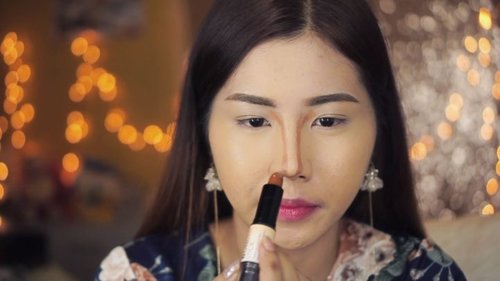 """<div class=""""photoCaption"""">How to contour your nose with @nyxcosmetics_indonesia wonder stick!<br /> .<br /> @indobeautygram @indovidgram @tampilcantik  <a class=""""pink-url"""" target=""""_blank"""" href=""""http://m.clozette.co.id/search/query?term=tampilcantik&siteseach=Submit"""">#tampilcantik</a>  <a class=""""pink-url"""" target=""""_blank"""" href=""""http://m.clozette.co.id/search/query?term=ivgbeauty&siteseach=Submit"""">#ivgbeauty</a>  <a class=""""pink-url"""" target=""""_blank"""" href=""""http://m.clozette.co.id/search/query?term=indobeautygram&siteseach=Submit"""">#indobeautygram</a>  <a class=""""pink-url"""" target=""""_blank"""" href=""""http://m.clozette.co.id/search/query?term=clozette&siteseach=Submit"""">#clozette</a>  <a class=""""pink-url"""" target=""""_blank"""" href=""""http://m.clozette.co.id/search/query?term=clozetteid&siteseach=Submit"""">#clozetteid</a>  <a class=""""pink-url"""" target=""""_blank"""" href=""""http://m.clozette.co.id/search/query?term=beautyjunkie&siteseach=Submit"""">#beautyjunkie</a>  <a class=""""pink-url"""" target=""""_blank"""" href=""""http://m.clozette.co.id/search/query?term=beautyjunkies&siteseach=Submit"""">#beautyjunkies</a>  <a class=""""pink-url"""" target=""""_blank"""" href=""""http://m.clozette.co.id/search/query?term=instamakeupartist&siteseach=Submit"""">#instamakeupartist</a>  <a class=""""pink-url"""" target=""""_blank"""" href=""""http://m.clozette.co.id/search/query?term=makeupporn&siteseach=Submit"""">#makeupporn</a>  <a class=""""pink-url"""" target=""""_blank"""" href=""""http://m.clozette.co.id/search/query?term=beautyaddict&siteseach=Submit"""">#beautyaddict</a>  <a class=""""pink-url"""" target=""""_blank"""" href=""""http://m.clozette.co.id/search/query?term=motd&siteseach=Submit"""">#motd</a>  <a class=""""pink-url"""" target=""""_blank"""" href=""""http://m.clozette.co.id/search/query?term=makeuptutorial&siteseach=Submit"""">#makeuptutorial</a>  <a class=""""pink-url"""" target=""""_blank"""" href=""""http://m.clozette.co.id/search/query?term=beautyenthusiast&siteseach=Submit"""">#beautyenthusiast</a>   <a class=""""pink-url"""" target=""""_blank"""" href=""""http://m.clozette.co.id/search/query?term=makeupjunkie&siteseach=Submit"""">"""