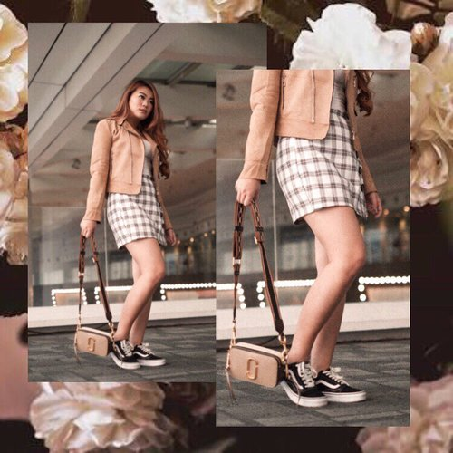 """<div class=""""photoCaption"""">Style is a way to say who you're without having to speak....Style by: @stradivariusBag : @marcjacobs Shoes : @vans.indo @vans @vansgirlsLoc : @grandindo .. <a class=""""pink-url"""" target=""""_blank"""" href=""""http://m.clozette.co.id/search/query?term=Clozetteid&siteseach=Submit"""">#Clozetteid</a>  <a class=""""pink-url"""" target=""""_blank"""" href=""""http://m.clozette.co.id/search/query?term=lookbookindonesia&siteseach=Submit"""">#lookbookindonesia</a>  <a class=""""pink-url"""" target=""""_blank"""" href=""""http://m.clozette.co.id/search/query?term=ootdfashion&siteseach=Submit"""">#ootdfashion</a>  <a class=""""pink-url"""" target=""""_blank"""" href=""""http://m.clozette.co.id/search/query?term=beautyjunkie&siteseach=Submit"""">#beautyjunkie</a>  <a class=""""pink-url"""" target=""""_blank"""" href=""""http://m.clozette.co.id/search/query?term=makeupjunkie&siteseach=Submit"""">#makeupjunkie</a>  <a class=""""pink-url"""" target=""""_blank"""" href=""""http://m.clozette.co.id/search/query?term=ootdshare&siteseach=Submit"""">#ootdshare</a>  <a class=""""pink-url"""" target=""""_blank"""" href=""""http://m.clozette.co.id/search/query?term=ootdstyle&siteseach=Submit"""">#ootdstyle</a>  <a class=""""pink-url"""" target=""""_blank"""" href=""""http://m.clozette.co.id/search/query?term=ootdbandung&siteseach=Submit"""">#ootdbandung</a>  <a class=""""pink-url"""" target=""""_blank"""" href=""""http://m.clozette.co.id/search/query?term=vsco&siteseach=Submit"""">#vsco</a>  <a class=""""pink-url"""" target=""""_blank"""" href=""""http://m.clozette.co.id/search/query?term=ggrep&siteseach=Submit"""">#ggrep</a>  <a class=""""pink-url"""" target=""""_blank"""" href=""""http://m.clozette.co.id/search/query?term=ggrepstyle&siteseach=Submit"""">#ggrepstyle</a>  <a class=""""pink-url"""" target=""""_blank"""" href=""""http://m.clozette.co.id/search/query?term=fashionpeople&siteseach=Submit"""">#fashionpeople</a>  <a class=""""pink-url"""" target=""""_blank"""" href=""""http://m.clozette.co.id/search/query?term=whatiwore&siteseach=Submit"""">#whatiwore</a>  <a class=""""pink-url"""" target=""""_blank"""" href=""""http://m.clozette.co.id/search/query?term=jesislook&siteseach=Submit"""">#jesislook</"""