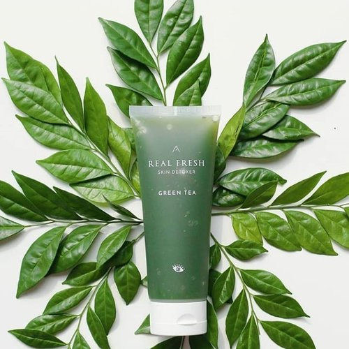 """<div class=""""photoCaption"""">Hello sweety 💕Have you ever heard of @altheakorea Real Fresh Skin Detixe?To find out more Althea Real Fresh Skin Detixe you can click the link dibio me or go directly to (<a href=""""https://www.beautysill.com"""" class=""""pink-url""""  target=""""_blank""""  rel=""""nofollow"""" title=""""https://www.beautysill.com"""">www.beautysill.com</a>) to see videos of this product 😆You must be curious, because this product collaborates with one of the TOP Variety Show in Korea """"Get it Beauty""""Picture credit : @altheakorea@altheakorea  <a class=""""pink-url"""" target=""""_blank"""" href=""""http://m.clozette.co.id/search/query?term=AltheaKorea&siteseach=Submit"""">#AltheaKorea</a>  <a class=""""pink-url"""" target=""""_blank"""" href=""""http://m.clozette.co.id/search/query?term=RealFreshSkinDetoxer&siteseach=Submit"""">#RealFreshSkinDetoxer</a>  <a class=""""pink-url"""" target=""""_blank"""" href=""""http://m.clozette.co.id/search/query?term=AltheaXGIB&siteseach=Submit"""">#AltheaXGIB</a>  <a class=""""pink-url"""" target=""""_blank"""" href=""""http://m.clozette.co.id/search/query?term=clozetteID&siteseach=Submit"""">#clozetteID</a></div>"""