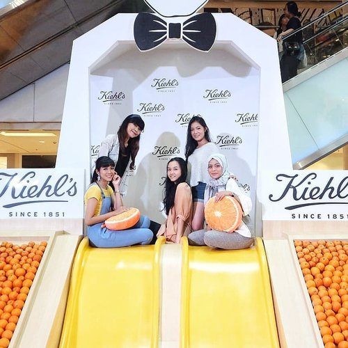 """<div class=""""photoCaption"""">Keseruan kemarin di @kiehlsid Nature's Playground Grand Indonesia.- <a class=""""pink-url"""" target=""""_blank"""" href=""""http://m.id.clozette.co/search/query?term=trykiehls&siteseach=Submit"""">#trykiehls</a>  <a class=""""pink-url"""" target=""""_blank"""" href=""""http://m.id.clozette.co/search/query?term=kiehlsnaturesplayground&siteseach=Submit"""">#kiehlsnaturesplayground</a>  <a class=""""pink-url"""" target=""""_blank"""" href=""""http://m.id.clozette.co/search/query?term=kiehlsid&siteseach=Submit"""">#kiehlsid</a>  <a class=""""pink-url"""" target=""""_blank"""" href=""""http://m.id.clozette.co/search/query?term=beautyjournalxkiehls&siteseach=Submit"""">#beautyjournalxkiehls</a>  <a class=""""pink-url"""" target=""""_blank"""" href=""""http://m.id.clozette.co/search/query?term=clozetteid&siteseach=Submit"""">#clozetteid</a>  <a class=""""pink-url"""" target=""""_blank"""" href=""""http://m.id.clozette.co/search/query?term=kiehls&siteseach=Submit"""">#kiehls</a></div>"""