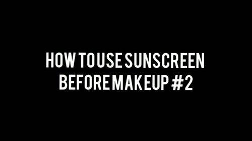 "<div class=""photoCaption"">Pada  <a class=""pink-url"" target=""_blank"" href=""http://m.clozette.co.id/search/query?term=MiaSkincareTutorial&siteseach=Submit"">#MiaSkincareTutorial</a> pertama, saya akan membahas bagaimana menggunakan sunscreen sebelum makeup:.🌥️ Satu sendok teh untuk wajah dan leher adalah takaran yang pas ketika kamu apply sunscreen untuk mendapat proteksi maksimal. Untuk wajah sendiri sebetulnya kira kira minimal seperempat dari satu sendok teh. Meski kamu pakai SPF 50 sekalipun, kalau enggak sampai takaran sesuai, kemampuan produknya enggak akan setara dengan efektivitasnya secara teori. Maka salah satu cara untuk memastikan kamu mendapat proteksi yang sesuai adalah reapply.🌥️ Pastikan kamu enggak ngegosok sunscreen kayak lagi gosok kotoran panci; dengan semangat '45 tuntas sampai sunscreen terserap. Baik sunscreen maupun moisturizer dengan SPF bisa memberikan perlindungan yang sama, asalkan kamu membiarkan sunscreen mengering sendiri. Menurut satu studi, terlalu lama membiarkan sunscreen diratakan, akan membuat efektivitas SPF berkurang 25% karena malah nempel di tangan, bukan muka.🌥️ Tunggu minimal 10 menit sebelum pakai makeup. Akan lebih baik jika kamu aplikasikan lagi layer kedua sunscreen sebelum pakai makeup untuk memastikan proteksi yang kamu dapatkan itu tepat. Kementerian Kesehatan, Tenaga Kerja, dan Sosial Jepang merekomendasikan dua kali mengaplikasikan sunscreen sebelum keluar rumah.Sekian tutorial hari ini! Thank you @rumahmakeupuccino sudah meminjamkan studionya yang kece badai 😆😆...📸 Canon EOS M100🎬 Shotcut, Inshot 🎼 Rain (ft Enine) . <a class=""pink-url"" target=""_blank"" href=""http://m.clozette.co.id/search/query?term=sunscreencream&siteseach=Submit"">#sunscreencream</a>  <a class=""pink-url"" target=""_blank"" href=""http://m.clozette.co.id/search/query?term=skincareroutine&siteseach=Submit"">#skincareroutine</a>  <a class=""pink-url"" target=""_blank"" href=""http://m.clozette.co.id/search/query?term=makeuptutorials&siteseach=Submit"">#makeuptutor"