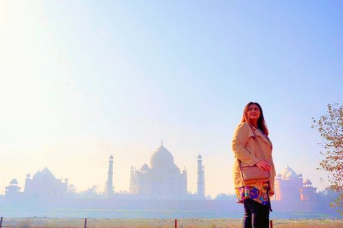 "<div class=""photoCaption"">Dengan judul : cinta di langit taj mahal lol❤<br /> Tayang di antv setiap hari 😂😂😂<br /> .<br /> .<br /> .<br /> .<br /> .<br /> .<br /> .<br /> .<br />  <a class=""pink-url"" target=""_blank"" href=""http://m.id.clozette.co/search/query?term=khansamanda&siteseach=Submit"">#khansamanda</a>  <a class=""pink-url"" target=""_blank"" href=""http://m.id.clozette.co/search/query?term=agra&siteseach=Submit"">#agra</a>  <a class=""pink-url"" target=""_blank"" href=""http://m.id.clozette.co/search/query?term=india&siteseach=Submit"">#india</a>  <a class=""pink-url"" target=""_blank"" href=""http://m.id.clozette.co/search/query?term=visitindia&siteseach=Submit"">#visitindia</a>  <a class=""pink-url"" target=""_blank"" href=""http://m.id.clozette.co/search/query?term=wonderful&siteseach=Submit"">#wonderful</a>  <a class=""pink-url"" target=""_blank"" href=""http://m.id.clozette.co/search/query?term=beautifuldestinations&siteseach=Submit"">#beautifuldestinations</a> <br />  <a class=""pink-url"" target=""_blank"" href=""http://m.id.clozette.co/search/query?term=khansamandatraveldiary&siteseach=Submit"">#khansamandatraveldiary</a>  <a class=""pink-url"" target=""_blank"" href=""http://m.id.clozette.co/search/query?term=travel&siteseach=Submit"">#travel</a>   <a class=""pink-url"" target=""_blank"" href=""http://m.id.clozette.co/search/query?term=travelphotography&siteseach=Submit"">#travelphotography</a>  <a class=""pink-url"" target=""_blank"" href=""http://m.id.clozette.co/search/query?term=travelblogger&siteseach=Submit"">#travelblogger</a>  <a class=""pink-url"" target=""_blank"" href=""http://m.id.clozette.co/search/query?term=indonesiatravelblogger&siteseach=Submit"">#indonesiatravelblogger</a>  <a class=""pink-url"" target=""_blank"" href=""http://m.id.clozette.co/search/query?term=travelgram&siteseach=Submit"">#travelgram</a>  <a class=""pink-url"" target=""_blank"" href=""http://m.id.clozette.co/search/query?term=womantraveler&siteseach=Submit"">#womantraveler</a>  <a class=""pink-url"" target=""_blank"" href=""http://m.id.clozette.co/search/query?term=travelguide&siteseach=Submit"">#travelguide</a>  <a class=""pink-url"" target=""_blank"" href=""http://m.id.clozette.co/search/query?term=travelinfluencer&siteseach=Submit"">#travelinfluencer</a>  <a class=""pink-url"" target=""_blank"" href=""http://m.id.clozette.co/search/query?term=travelling&siteseach=Submit"">#travelling</a>   <a class=""pink-url"" target=""_blank"" href=""http://m.id.clozette.co/search/query?term=wonderful_places&siteseach=Submit"">#wonderful_places</a>  <a class=""pink-url"" target=""_blank"" href=""http://m.id.clozette.co/search/query?term=indtravel&siteseach=Submit"">#indtravel</a>  <a class=""pink-url"" target=""_blank"" href=""http://m.id.clozette.co/search/query?term=indotravellers&siteseach=Submit"">#indotravellers</a>  <a class=""pink-url"" target=""_blank"" href=""http://m.id.clozette.co/search/query?term=exploreindia&siteseach=Submit"">#exploreindia</a>  <a class=""pink-url"" target=""_blank"" href=""http://m.id.clozette.co/search/query?term=bestplacetogo&siteseach=Submit"">#bestplacetogo</a>  <a class=""pink-url"" target=""_blank"" href=""http://m.id.clozette.co/search/query?term=seetheworld&siteseach=Submit"">#seetheworld</a>  <a class=""pink-url"" target=""_blank"" href=""http://m.id.clozette.co/search/query?term=solotravel&siteseach=Submit"">#solotravel</a>  <a class=""pink-url"" target=""_blank"" href=""http://m.id.clozette.co/search/query?term=tajmahal&siteseach=Submit"">#tajmahal</a>  <a class=""pink-url"" target=""_blank"" href=""http://m.id.clozette.co/search/query?term=clozetteid&siteseach=Submit"">#clozetteid</a></div>"