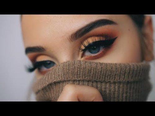 "<div class=""photoCaption"">AUTUMN LEAVES   Fall Makeup Tutorial - YouTube</div>"
