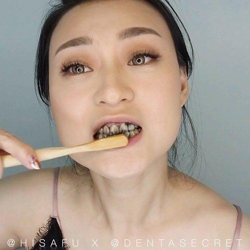 "<div class=""photoCaption"">Sering minum kopi dan teh yg bikin gigi jd kuning ?? aku tuh pecinta kopi banget.. jd ini hal yg gak mau terjadi.. Makanya aku pake @dentasecret buat bantu gigiku.. Selain bikin putih dia jg banyak kegunaan lainnya, seperti prevent gum disease, bad breath sama merubah ph balance dalam mulut.. .<br /> .<br /> I used it after i brush my teeth, buat FAQ nya mampir aja langsung ke ig mereka ya.. .<br /> .<br /> .<br /> .<br /> .<br /> .<br /> .<br /> .<br /> .<br /> .<br /> .<br /> .<br /> .<br />  <a class=""pink-url"" target=""_blank"" href=""http://m.id.clozette.co/search/query?term=clozetteid&siteseach=Submit"">#clozetteid</a>  <a class=""pink-url"" target=""_blank"" href=""http://m.id.clozette.co/search/query?term=whiteteeth&siteseach=Submit"">#whiteteeth</a>  <a class=""pink-url"" target=""_blank"" href=""http://m.id.clozette.co/search/query?term=freshbreath&siteseach=Submit"">#freshbreath</a>  <a class=""pink-url"" target=""_blank"" href=""http://m.id.clozette.co/search/query?term=dentasecret&siteseach=Submit"">#dentasecret</a>  <a class=""pink-url"" target=""_blank"" href=""http://m.id.clozette.co/search/query?term=coffeelover&siteseach=Submit"">#coffeelover</a>  <a class=""pink-url"" target=""_blank"" href=""http://m.id.clozette.co/search/query?term=tealover&siteseach=Submit"">#tealover</a>  <a class=""pink-url"" target=""_blank"" href=""http://m.id.clozette.co/search/query?term=beauty&siteseach=Submit"">#beauty</a>  <a class=""pink-url"" target=""_blank"" href=""http://m.id.clozette.co/search/query?term=partnershipwithhisafu&siteseach=Submit"">#partnershipwithhisafu</a>  <a class=""pink-url"" target=""_blank"" href=""http://m.id.clozette.co/search/query?term=hisafututorial&siteseach=Submit"">#hisafututorial</a>  #뷰티  #치아  <a class=""pink-url"" target=""_blank"" href=""http://m.id.clozette.co/search/query?term=tampilcantik&siteseach=Submit"">#tampilcantik</a>  <a class=""pink-url"" target=""_blank"" href=""http://m.id.clozette.co/search/query?term=ragamkecantikan&siteseach=Submit"">#ragamkecantikan</"
