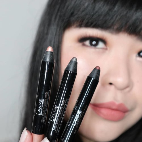 """<div class=""""photoCaption"""">I'm using 3 shades of @lakmemakeup newest product, Drama Stylist Shadow Crayon to create this look inspired from LakmeXSoe at Fashion Scout London Fashion Week 2018 by Archangela Chelsea. I'm so surprised with the great formula of these crayons. Very easy to blend, long lasting also come with water-proof and crease-proof formula which is very hard to find in stick or crayon eyeshadows.Available in 4 glam shades you can grab yours now at lakmemakeup.co.id... <a class=""""pink-url"""" target=""""_blank"""" href=""""http://m.id.clozette.co/search/query?term=lakmeeyeshadowcrayon&siteseach=Submit"""">#lakmeeyeshadowcrayon</a>  <a class=""""pink-url"""" target=""""_blank"""" href=""""http://m.id.clozette.co/search/query?term=lakmegoestolondon&siteseach=Submit"""">#lakmegoestolondon</a>  <a class=""""pink-url"""" target=""""_blank"""" href=""""http://m.id.clozette.co/search/query?term=stylingtrendsetters&siteseach=Submit"""">#stylingtrendsetters</a>  <a class=""""pink-url"""" target=""""_blank"""" href=""""http://m.id.clozette.co/search/query?term=lakme&siteseach=Submit"""">#lakme</a>  <a class=""""pink-url"""" target=""""_blank"""" href=""""http://m.id.clozette.co/search/query?term=new&siteseach=Submit"""">#new</a>  <a class=""""pink-url"""" target=""""_blank"""" href=""""http://m.id.clozette.co/search/query?term=trend&siteseach=Submit"""">#trend</a>  <a class=""""pink-url"""" target=""""_blank"""" href=""""http://m.id.clozette.co/search/query?term=clozetteid&siteseach=Submit"""">#clozetteid</a></div>"""