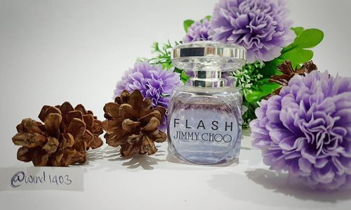"<div class=""photoCaption"">My favorite perfume saat ini adalah Flash by Jimmy Choo yang deainnya super elegant and eye catching at the same time. Wanginya campuran antara floral dan fruity, top notenya campuran dari jeruk, apple dan pink pepper. Base notenya campuran dari heliitrope dan blonde wood. Wanginya tahan sampai 12 jam, luar biasa kan?  <a class=""pink-url"" target=""_blank"" href=""http://m.clozette.co.id/search/query?term=ClozetteID&siteseach=Submit"">#ClozetteID</a>  <a class=""pink-url"" target=""_blank"" href=""http://m.clozette.co.id/search/query?term=instabeauty&siteseach=Submit"">#instabeauty</a>  <a class=""pink-url"" target=""_blank"" href=""http://m.clozette.co.id/search/query?term=indonesiablogger&siteseach=Submit"">#indonesiablogger</a>  <a class=""pink-url"" target=""_blank"" href=""http://m.clozette.co.id/search/query?term=indonesiabeautyblogger&siteseach=Submit"">#indonesiabeautyblogger</a>  <a class=""pink-url"" target=""_blank"" href=""http://m.clozette.co.id/search/query?term=bloggerBDG&siteseach=Submit"">#bloggerBDG</a>  <a class=""pink-url"" target=""_blank"" href=""http://m.clozette.co.id/search/query?term=bloggerlife&siteseach=Submit"">#bloggerlife</a>  <a class=""pink-url"" target=""_blank"" href=""http://m.clozette.co.id/search/query?term=bloggerbandung&siteseach=Submit"">#bloggerbandung</a>  <a class=""pink-url"" target=""_blank"" href=""http://m.clozette.co.id/search/query?term=bloggerindonesia&siteseach=Submit"">#bloggerindonesia</a>  <a class=""pink-url"" target=""_blank"" href=""http://m.clozette.co.id/search/query?term=beautyblog&siteseach=Submit"">#beautyblog</a>  <a class=""pink-url"" target=""_blank"" href=""http://m.clozette.co.id/search/query?term=beautyblogger&siteseach=Submit"">#beautyblogger</a>  <a class=""pink-url"" target=""_blank"" href=""http://m.clozette.co.id/search/query?term=beautybloggers&siteseach=Submit"">#beautybloggers</a>  <a class=""pink-url"" target=""_blank"" href=""http://m.clozette.co.id/search/query?term=beautybloggerbandung&siteseach=Submit"">#beautybloggerbandung</a>  <a class=""pink-url"" target=""_blank"" href=""http://m.clozette.co.id/search/query?term=beautybloggerindonesia&siteseach=Submit"">#beautybloggerindonesia</a>  <a class=""pink-url"" target=""_blank"" href=""http://m.clozette.co.id/search/query?term=bblogger&siteseach=Submit"">#bblogger</a>  <a class=""pink-url"" target=""_blank"" href=""http://m.clozette.co.id/search/query?term=bbloggers&siteseach=Submit"">#bbloggers</a>  <a class=""pink-url"" target=""_blank"" href=""http://m.clozette.co.id/search/query?term=bbloggerslife&siteseach=Submit"">#bbloggerslife</a>  <a class=""pink-url"" target=""_blank"" href=""http://m.clozette.co.id/search/query?term=BloggerPerempuan&siteseach=Submit"">#BloggerPerempuan</a>  <a class=""pink-url"" target=""_blank"" href=""http://m.clozette.co.id/search/query?term=like4like&siteseach=Submit"">#like4like</a>  <a class=""pink-url"" target=""_blank"" href=""http://m.clozette.co.id/search/query?term=follow4follow&siteseach=Submit"">#follow4follow</a>  <a class=""pink-url"" target=""_blank"" href=""http://m.clozette.co.id/search/query?term=followforfollow&siteseach=Submit"">#followforfollow</a>  <a class=""pink-url"" target=""_blank"" href=""http://m.clozette.co.id/search/query?term=likeforlike&siteseach=Submit"">#likeforlike</a>  <a class=""pink-url"" target=""_blank"" href=""http://m.clozette.co.id/search/query?term=likeforfollow&siteseach=Submit"">#likeforfollow</a>  <a class=""pink-url"" target=""_blank"" href=""http://m.clozette.co.id/search/query?term=jimmychoo&siteseach=Submit"">#jimmychoo</a>  <a class=""pink-url"" target=""_blank"" href=""http://m.clozette.co.id/search/query?term=perfume&siteseach=Submit"">#perfume</a>  <a class=""pink-url"" target=""_blank"" href=""http://m.clozette.co.id/search/query?term=perfumecollection&siteseach=Submit"">#perfumecollection</a></div>"