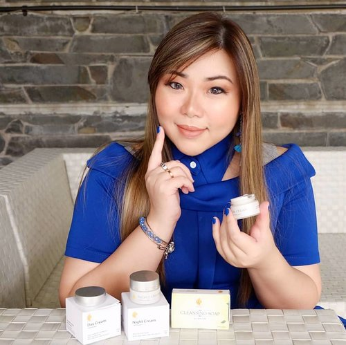 "<div class=""photoCaption"">Read all about my current skin care routine that i love so much with Indonesian Premium cosmetic brand skin  @royaltyid.official , fuss free, easy and effective 😍 on my blog : <a href=""http://bit.ly/royaltycosmeticskincare"" class=""pink-url""  target=""_blank""  rel=""nofollow"" title=""http://bit.ly/royaltycosmeticskincare"">http://bit.ly/royaltycosmeticskincare</a> .<br /> <br /> This review is a collaboration between Royalty Skin Care with @sbybeautyblogger<br /> .<br /> <br />  <a class=""pink-url"" target=""_blank"" href=""http://m.clozette.co.id/search/query?term=sbbxroyaltyskincare&siteseach=Submit"">#sbbxroyaltyskincare</a>  <a class=""pink-url"" target=""_blank"" href=""http://m.clozette.co.id/search/query?term=sbbreview&siteseach=Submit"">#sbbreview</a>  <a class=""pink-url"" target=""_blank"" href=""http://m.clozette.co.id/search/query?term=sbybeautyblogger&siteseach=Submit"">#sbybeautyblogger</a>  <a class=""pink-url"" target=""_blank"" href=""http://m.clozette.co.id/search/query?term=royaltycosmetic&siteseach=Submit"">#royaltycosmetic</a>  <a class=""pink-url"" target=""_blank"" href=""http://m.clozette.co.id/search/query?term=britishcosmetic&siteseach=Submit"">#britishcosmetic</a>  <a class=""pink-url"" target=""_blank"" href=""http://m.clozette.co.id/search/query?term=naturalcosmetic&siteseach=Submit"">#naturalcosmetic</a>  <a class=""pink-url"" target=""_blank"" href=""http://m.clozette.co.id/search/query?term=whiteningcosmetic&siteseach=Submit"">#whiteningcosmetic</a>  <a class=""pink-url"" target=""_blank"" href=""http://m.clozette.co.id/search/query?term=skincare&siteseach=Submit"">#skincare</a> <br />  <a class=""pink-url"" target=""_blank"" href=""http://m.clozette.co.id/search/query?term=clozetteid&siteseach=Submit"">#clozetteid</a>  <a class=""pink-url"" target=""_blank"" href=""http://m.clozette.co.id/search/query?term=bloggerid&siteseach=Submit"">#bloggerid</a>  <a class=""pink-url"" target=""_blank"" href=""http://m.clozette.co.id/search/query?term=bloggerlife&siteseach=Submit"">#bloggerlife</a>  <a class=""pink-url"" target=""_blank"" href=""http://m.clozette.co.id/search/query?term=bloggerceria&siteseach=Submit"">#bloggerceria</a>  <a class=""pink-url"" target=""_blank"" href=""http://m.clozette.co.id/search/query?term=bloggerperempuan&siteseach=Submit"">#bloggerperempuan</a>  <a class=""pink-url"" target=""_blank"" href=""http://m.clozette.co.id/search/query?term=indobeautysquad&siteseach=Submit"">#indobeautysquad</a>  <a class=""pink-url"" target=""_blank"" href=""http://m.clozette.co.id/search/query?term=beautynesiamember&siteseach=Submit"">#beautynesiamember</a>  <a class=""pink-url"" target=""_blank"" href=""http://m.clozette.co.id/search/query?term=review&siteseach=Submit"">#review</a>  <a class=""pink-url"" target=""_blank"" href=""http://m.clozette.co.id/search/query?term=skincare&siteseach=Submit"">#skincare</a>  <a class=""pink-url"" target=""_blank"" href=""http://m.clozette.co.id/search/query?term=skincarereview&siteseach=Submit"">#skincarereview</a>  <a class=""pink-url"" target=""_blank"" href=""http://m.clozette.co.id/search/query?term=bloggerindonesia&siteseach=Submit"">#bloggerindonesia</a>  <a class=""pink-url"" target=""_blank"" href=""http://m.clozette.co.id/search/query?term=influencer&siteseach=Submit"">#influencer</a>  <a class=""pink-url"" target=""_blank"" href=""http://m.clozette.co.id/search/query?term=beautyinfluencer&siteseach=Submit"">#beautyinfluencer</a>  <a class=""pink-url"" target=""_blank"" href=""http://m.clozette.co.id/search/query?term=influencersurabaya&siteseach=Submit"">#influencersurabaya</a>  <a class=""pink-url"" target=""_blank"" href=""http://m.clozette.co.id/search/query?term=surabayainfluencer&siteseach=Submit"">#surabayainfluencer</a>  <a class=""pink-url"" target=""_blank"" href=""http://m.clozette.co.id/search/query?term=surabayablogger&siteseach=Submit"">#surabayablogger</a>  <a class=""pink-url"" target=""_blank"" href=""http://m.clozette.co.id/search/query?term=girl&siteseach=Submit"">#girl</a>  <a class=""pink-url"" target=""_blank"" href=""http://m.clozette.co.id/search/query?term=asian&siteseach=Submit"">#asian</a>  <a class=""pink-url"" target=""_blank"" href=""http://m.clozette.co.id/search/query?term=endorsement&siteseach=Submit"">#endorsement</a>  <a class=""pink-url"" target=""_blank"" href=""http://m.clozette.co.id/search/query?term=sponsored&siteseach=Submit"">#sponsored</a></div>"