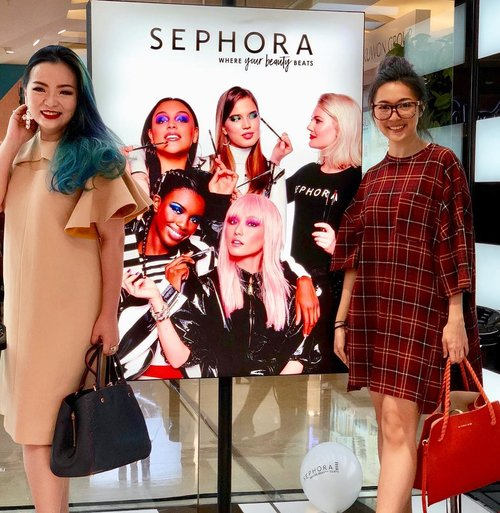 """<div class=""""photoCaption"""">Thank you for coming dear 😘♥️ always fun when you are around ♥️💕<br /> @sephoraidn <br /> @tunjungan_plaza 4<br /> .<br /> .<br /> .<br />  <a class=""""pink-url"""" target=""""_blank"""" href=""""http://m.clozette.co.id/search/query?term=makeup&siteseach=Submit"""">#makeup</a>  <a class=""""pink-url"""" target=""""_blank"""" href=""""http://m.clozette.co.id/search/query?term=makeupartist&siteseach=Submit"""">#makeupartist</a>  <a class=""""pink-url"""" target=""""_blank"""" href=""""http://m.clozette.co.id/search/query?term=makeuplover&siteseach=Submit"""">#makeuplover</a>  <a class=""""pink-url"""" target=""""_blank"""" href=""""http://m.clozette.co.id/search/query?term=makeupaddict&siteseach=Submit"""">#makeupaddict</a>  <a class=""""pink-url"""" target=""""_blank"""" href=""""http://m.clozette.co.id/search/query?term=wakeupamdmakeup&siteseach=Submit"""">#wakeupamdmakeup</a>  <a class=""""pink-url"""" target=""""_blank"""" href=""""http://m.clozette.co.id/search/query?term=sephora&siteseach=Submit"""">#sephora</a>  <a class=""""pink-url"""" target=""""_blank"""" href=""""http://m.clozette.co.id/search/query?term=sephoraidn&siteseach=Submit"""">#sephoraidn</a>  <a class=""""pink-url"""" target=""""_blank"""" href=""""http://m.clozette.co.id/search/query?term=sephoraindonesia&siteseach=Submit"""">#sephoraindonesia</a>  <a class=""""pink-url"""" target=""""_blank"""" href=""""http://m.clozette.co.id/search/query?term=sephorabeautycommunity&siteseach=Submit"""">#sephorabeautycommunity</a>  <a class=""""pink-url"""" target=""""_blank"""" href=""""http://m.clozette.co.id/search/query?term=beautyinfluencer&siteseach=Submit"""">#beautyinfluencer</a>  <a class=""""pink-url"""" target=""""_blank"""" href=""""http://m.clozette.co.id/search/query?term=beautylover&siteseach=Submit"""">#beautylover</a>  <a class=""""pink-url"""" target=""""_blank"""" href=""""http://m.clozette.co.id/search/query?term=beautygram&siteseach=Submit"""">#beautygram</a>  <a class=""""pink-url"""" target=""""_blank"""" href=""""http://m.clozette.co.id/search/query?term=clozette&siteseach=Submit"""">#clozette</a>  <a class=""""pink-url"""" target=""""_blank"""" href=""""http://m.clozette.co.id/search/query?term=clozette"""