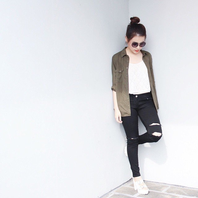 Black Ripped Jeans From Therippingchief Ootd Outfitoftheday Clozetteid